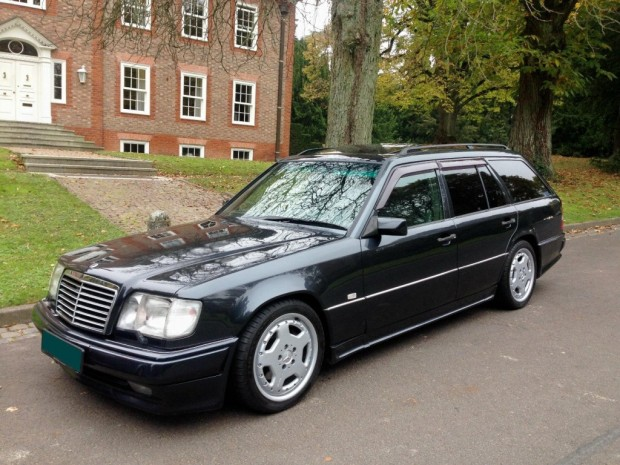 1995-Mercedes-Benz-E36-AMG-Front-2