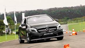 Aceleramos o Mercedes-Benz A45 AMG no autódromo da Capuava!