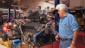 Jay Leno mostra em detalhes o motor do seu McLaren F1