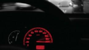 Qual a real função dos limites de velocidade nas estradas e avenidas brasileiras?