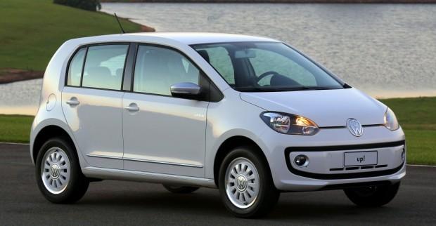 Volkswagen-up-2014-i-motion-black-white-1-1024x533