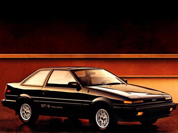 toyota_corolla-gt-s-sport-coupe-ae86-1985-87_r2-e1324487686583