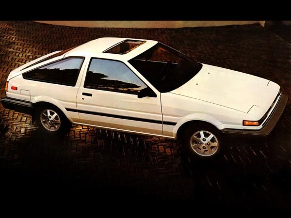 toyota_corolla-sr5-sport-liftback-ae86-1984-86_r1-e1324487652539