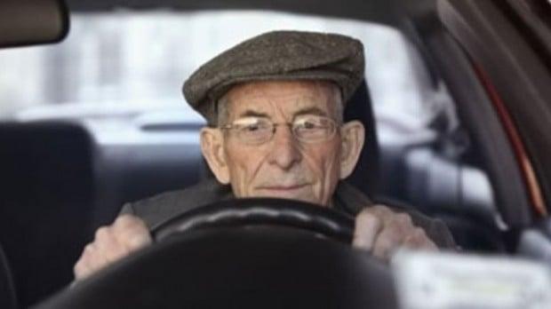 xlarge_elderly_driver_01