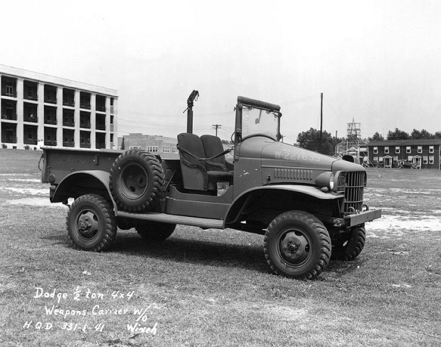762px-Dodge_WC_Half-ton_4x4
