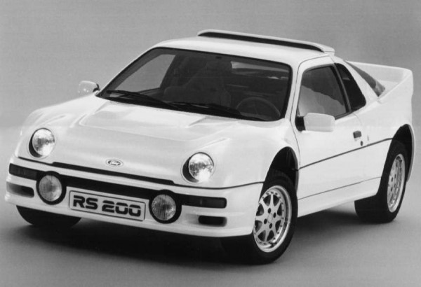 ford_rs200_white_1985-600x410