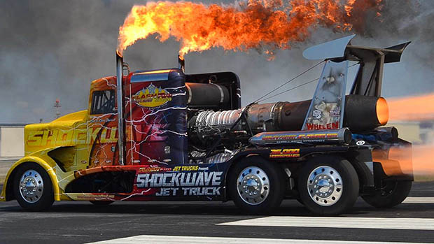 Shockwave - The Worldst Fastest Jet Powered Truck