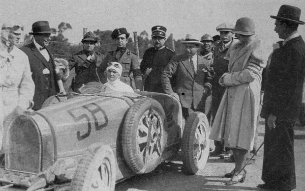 prewar-racing-362.jpg_1928_targa_florio_-_elisabeth_junek_bugatti_35b_5th_3_display