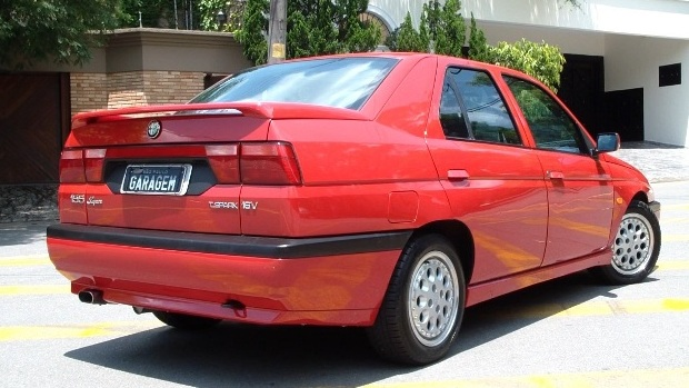 Alfa-Romeo-155-2