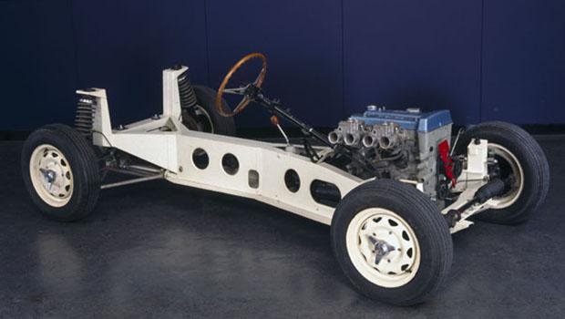 Lotus_Elan_car_chassis