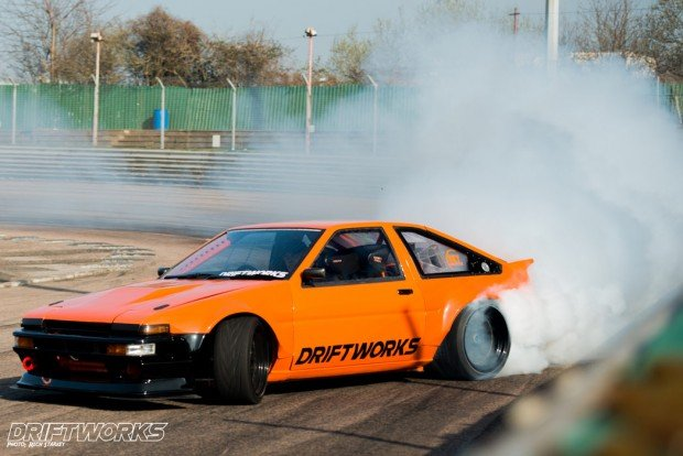 driftworks-ae86 (6)