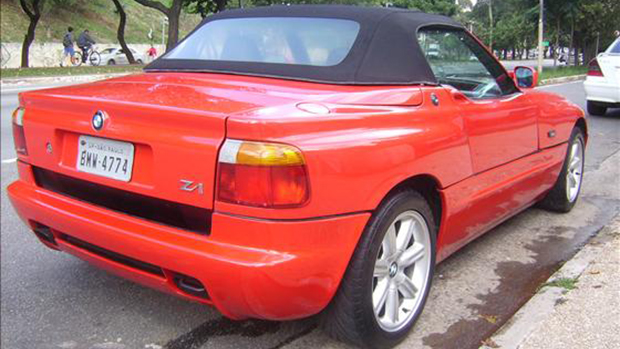 bmw z1 raro ex tico inovador e venda no brasil flatout. Black Bedroom Furniture Sets. Home Design Ideas