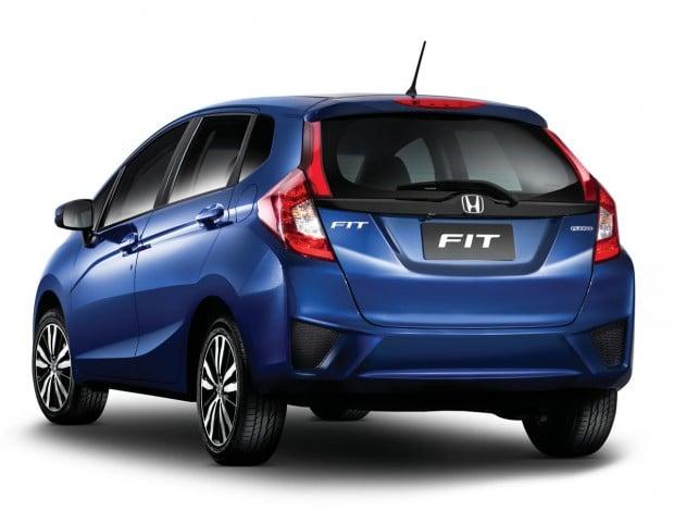 Novo-Honda-Fit-2015-1-620x482