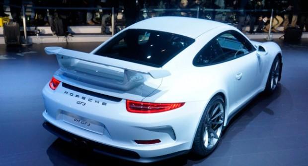Porsche-911-GT3-0
