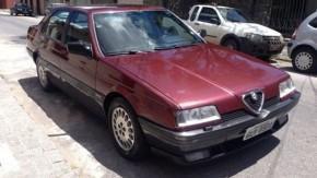 Tá difícil achar um Alfa Romeo 164 bem cuidado? Esta pode ser sua chance
