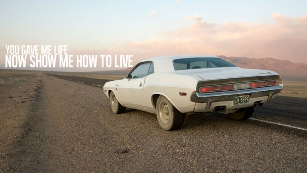inside-line-pits-challenger-against-challenger-in-vanishing-point-inspired-road-trip_76609_6-620x349