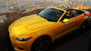 Como a Ford colocou um Mustang no topo do Empire State Building (de novo)