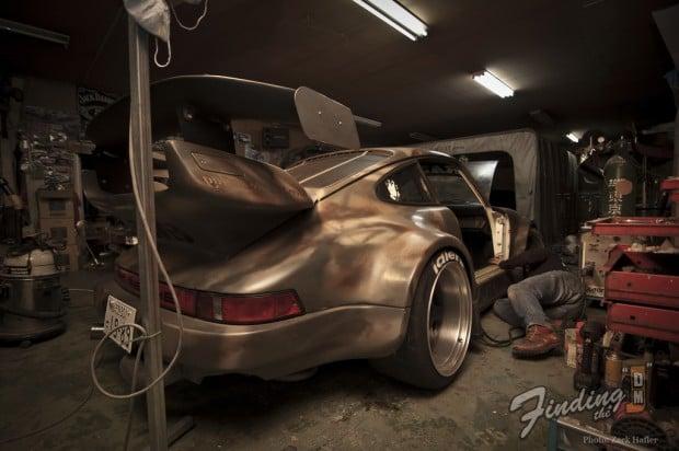 Rauh welt begriff o mundo bruto dos porsche 911 de akira for 2 car deep garage