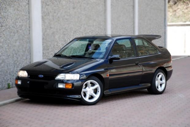 Ford Escort Cosworth vorne links