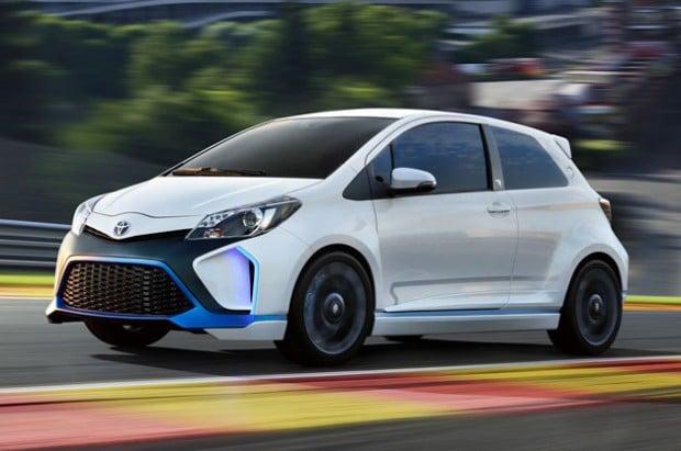 Toyota-Yaris-Hybrid-rweb