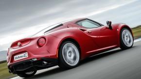 Alfa Romeo investe na tração traseira, Fiat terá um novo roadster e as novidades de Ferrari e Maserati