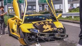 Como esse cara conseguiu bater um Lamborghini Diablo desse jeito?