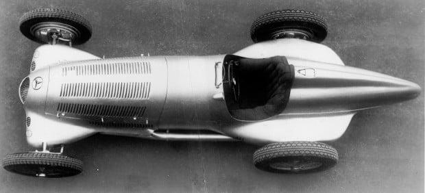 Mercedes-Benz-Silberpfeil-W-25-7