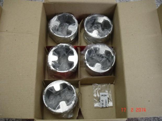 Pistões forjados Iasa 82,5mm (1)