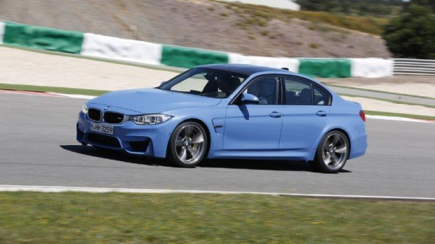 2015-bmw-m3-racetrack-side-in-motion