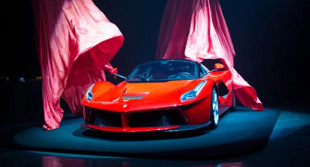 Ferrari-LaFerrari-0