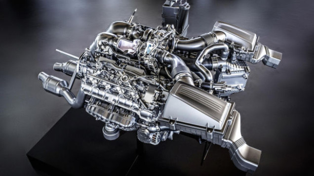 MercedesAMG-V8-M178-005