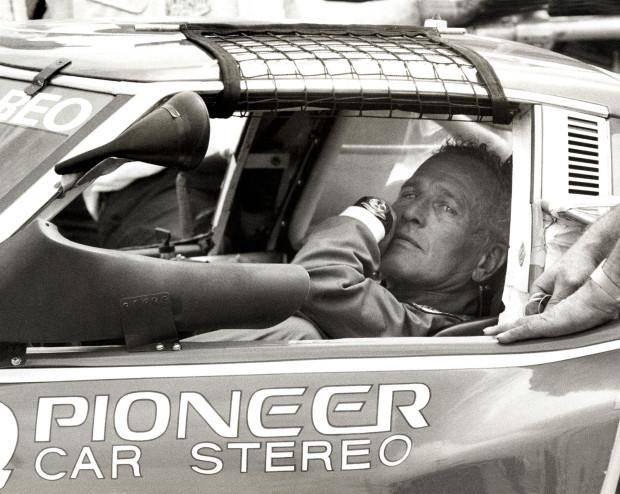 Paul-Newman-wearing-his-trademark-Exotic-Dial-Rolex-Daytona