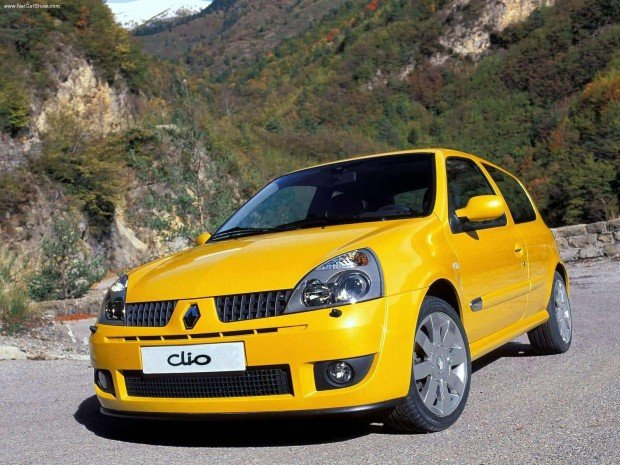 Renault-Clio_Renault_Sport_2.0_16V_2004_1600x1200_wallpaper_09