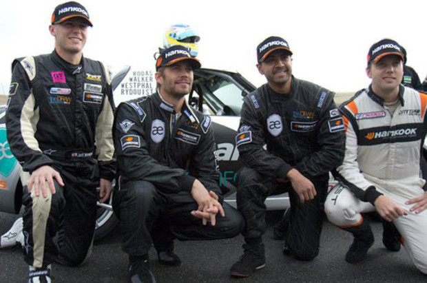 rs_560x415-131201182705-560.Roger-Rodas-Paul-Walker-AlwaysEvolving-jmd-120113