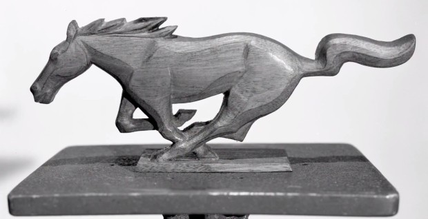1964-ford-mustang-emblem-sculpture