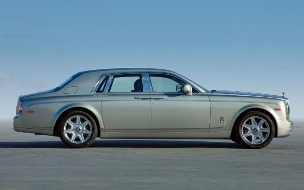 2013-rolls-royce-phantom-profile