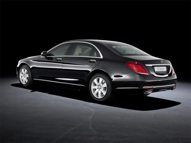 MercedesS600Guard_0001_14C683_007.jpg