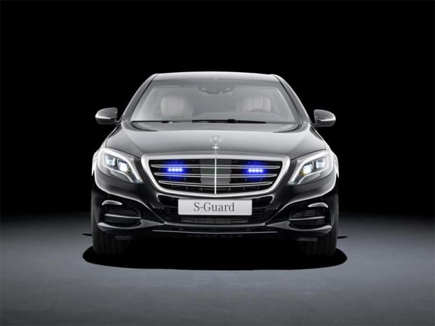 MercedesS600Guard_0003_14C683_016.jpg