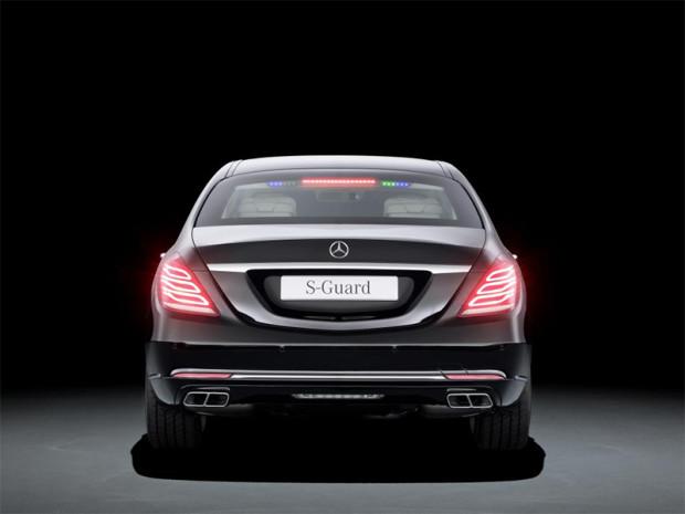 MercedesS600Guard_0004_14C683_019.jpg