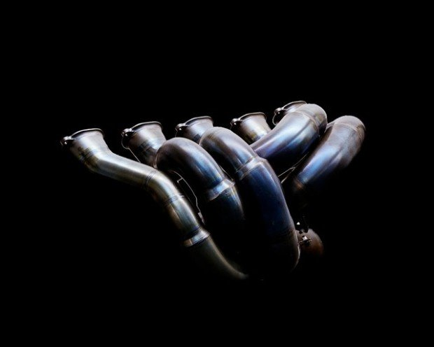Renault-F1-Exhaust-Manifold-1