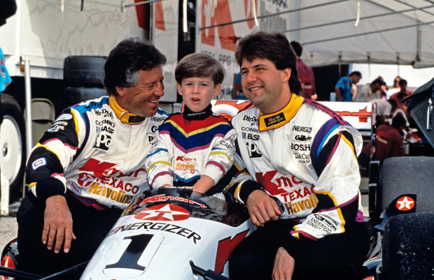 mario-andretti-with-family