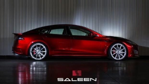 model-saleen-1