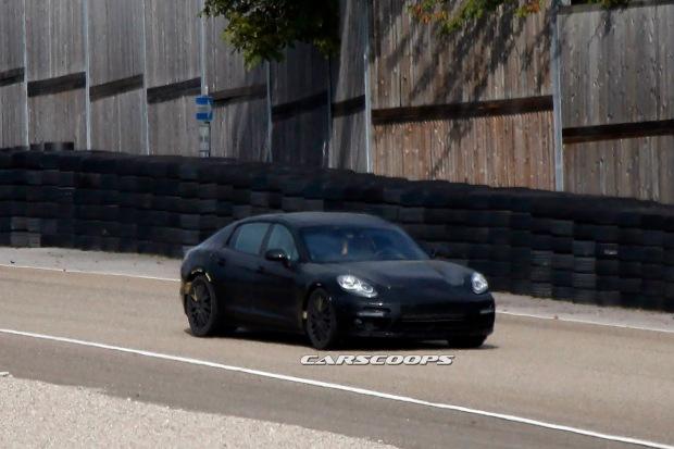 2016-Porsche-Panamera-1
