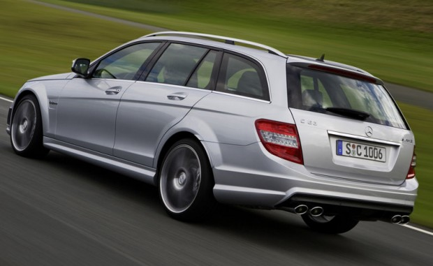 Mercedes-Benz-C63_AMG_Estate_2008_800x600_wallpaper_11