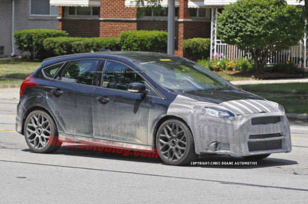 ford-focus-rs-spy-1-1