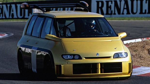 Renault Espace F1: o carro de F1 disfarçado de minivan – com um V10 de 820 cv e Alain Prost ao volante!