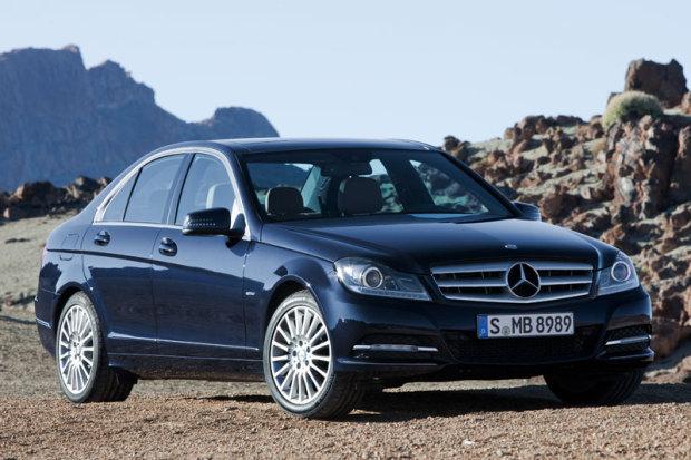 0346378-Mercedes-Benz-c-class-C250-CDI-BlueEFFICIENCY-2011