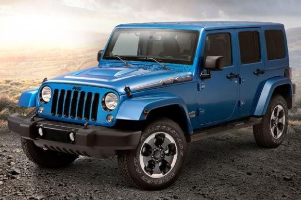 2014-jeep-wrangler-unlimited-polar-edition-front-three-quarter-close