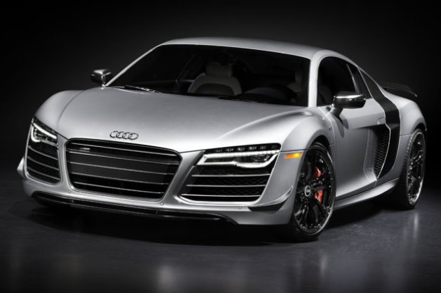 2015-Audi-R8-Competition-001