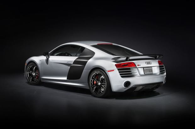2015-audi-r8-competition-003-1